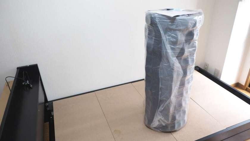 EVA圧縮ロールパッケージ、開封状態。